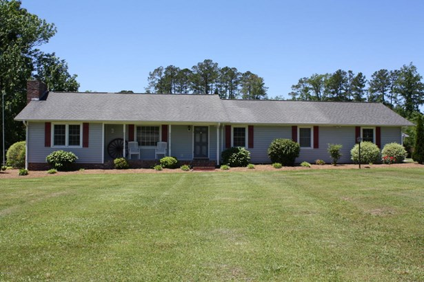 Single Family Residence - New Bern, NC (photo 1)