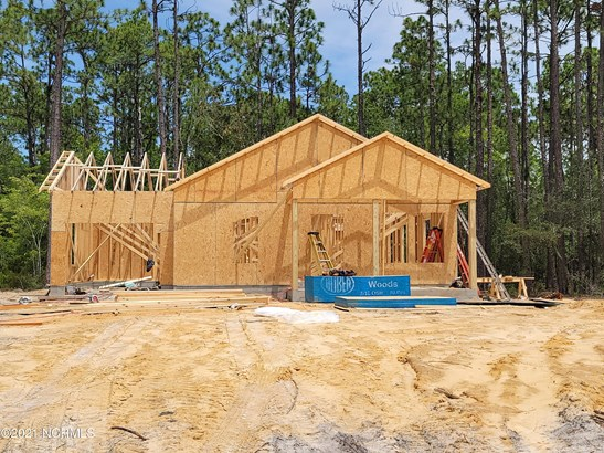 Single Family Residence - Boiling Spring Lakes, NC