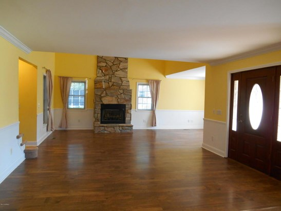 Single Family Residence - Boiling Spring Lakes, NC (photo 4)