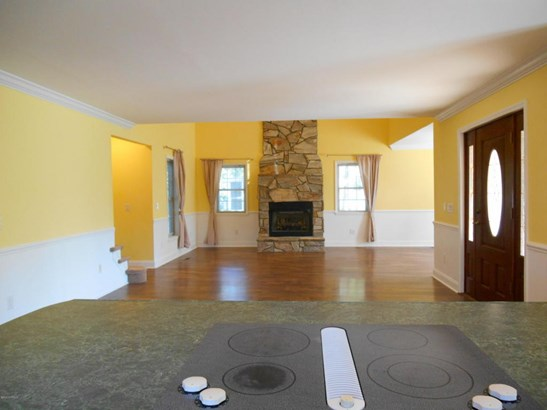 Single Family Residence - Boiling Spring Lakes, NC (photo 5)