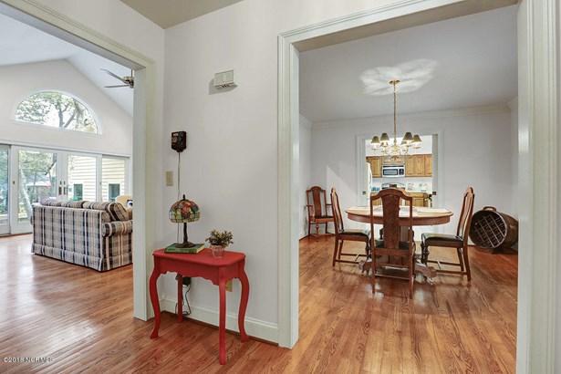 Single Family Residence - Caswell Beach, NC (photo 4)