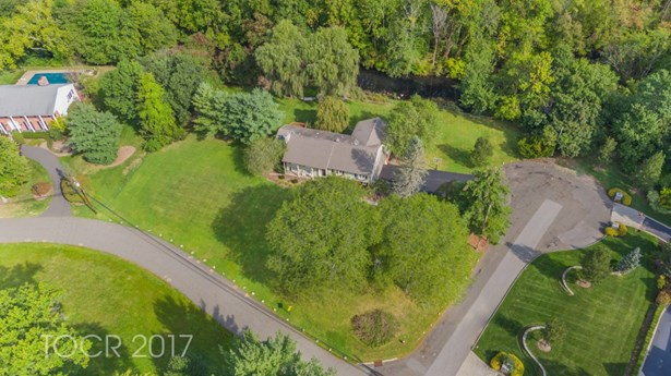 360 Briarly Drive, Franklin Lakes, NJ - USA (photo 3)
