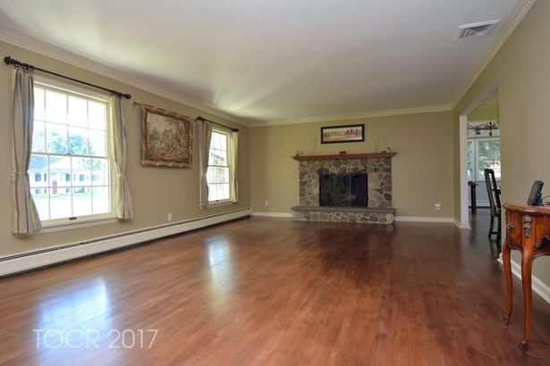 360 Briarly Drive, Franklin Lakes, NJ - USA (photo 4)