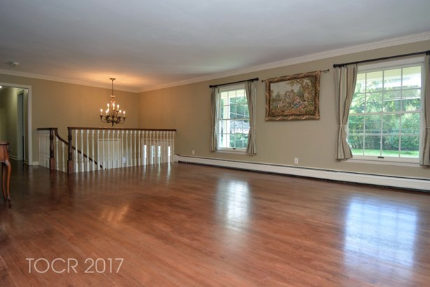 360 Briarly Drive, Franklin Lakes, NJ - USA (photo 5)