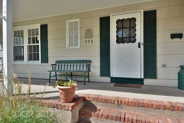 220 S Pleasant Avenue, Ridgewood, NJ - USA (photo 2)