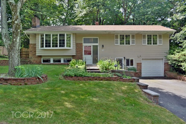 228 Capri Terrace, Park Ridge, NJ - USA (photo 1)