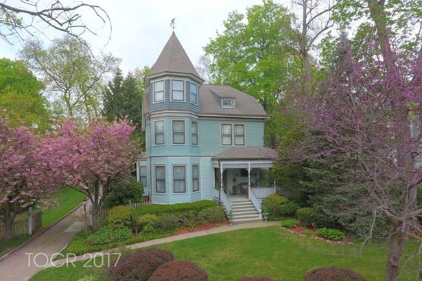 185 W Ridgewood Avenue, Ridgewood, NJ - USA (photo 1)