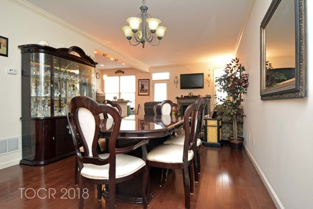 22 Goffle Brook Court, Hawthorne, NJ - USA (photo 3)