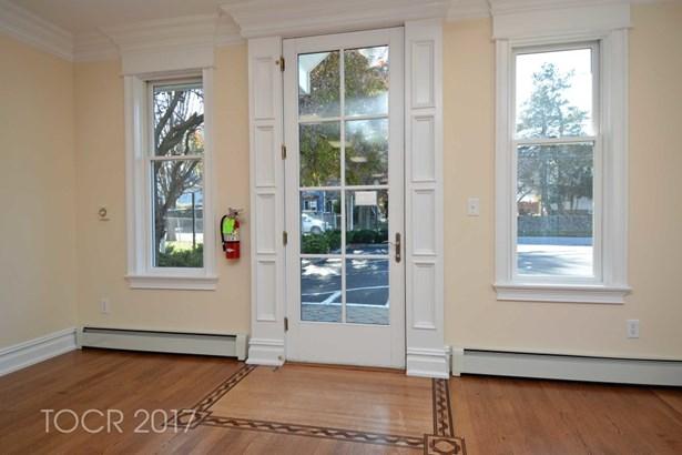 364a Hillsdale Avenue, Hillsdale, NJ - USA (photo 3)