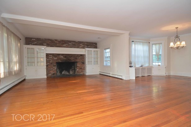 651 Fairview Place, Wyckoff, NJ - USA (photo 3)