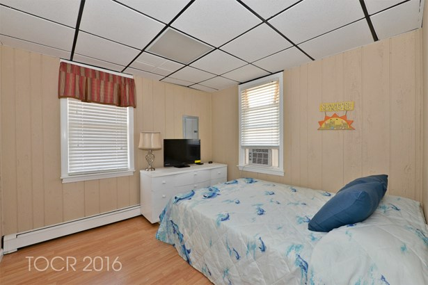 1309 Ocean Front, Point Pleasant Beach, NJ - USA (photo 4)