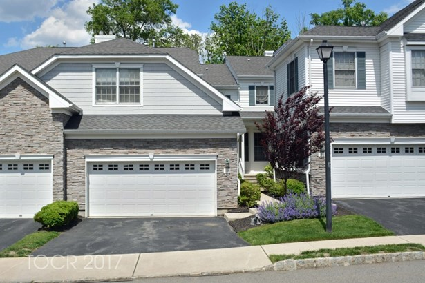 10 Bovensiepen Court, Roseland, NJ - USA (photo 1)