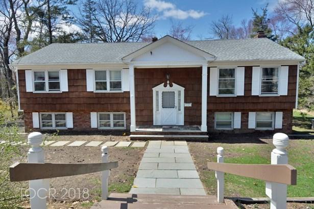 557 Wyckoff Avenue, Mahwah, NJ - USA (photo 1)