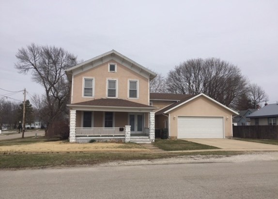 203 E Orange Street, Geneseo, IL - USA (photo 1)