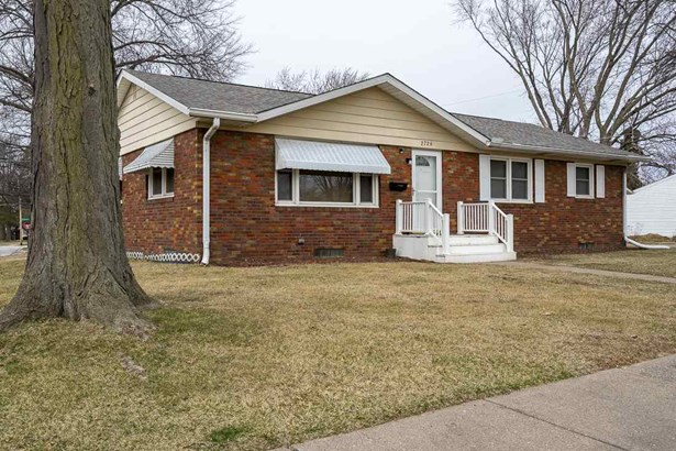 2726 Fillmore Lane, Davenport, IA - USA (photo 1)