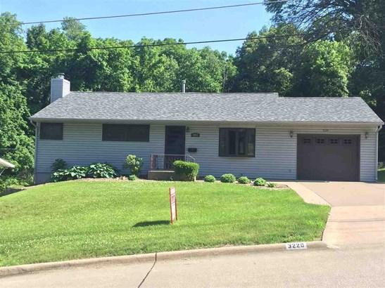 3220 11th Avenue, Moline, IL - USA (photo 1)