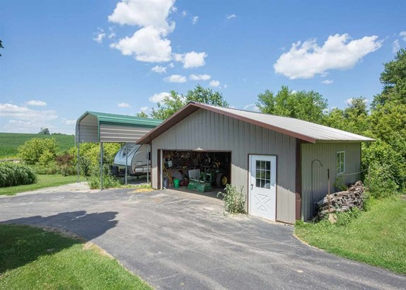 8819 Oil Valley Road #oil Valley School Road, Mount Carroll, IL - USA (photo 3)