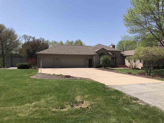 102 Lakeview Drive, Colona, IL - USA (photo 1)