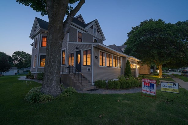 217 E Park Street, Geneseo, IL - USA (photo 1)