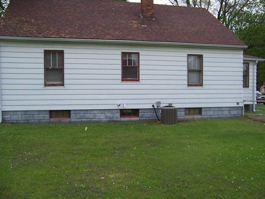 1708 10th Ave, East Moline, IL - USA (photo 2)
