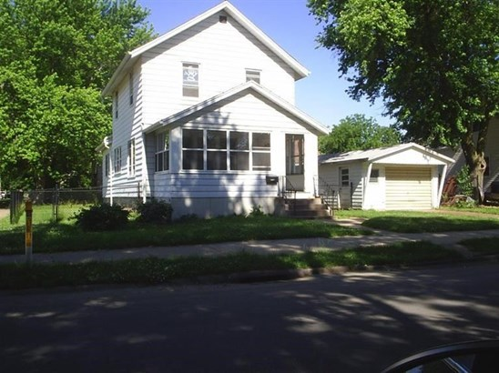 100 N 3rd Street, Clinton, IA - USA (photo 1)
