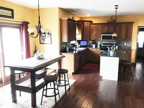 1025 Rustic View Court, Eldridge, IA - USA (photo 3)