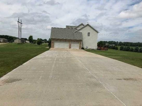 6514 Sandy Bottom Drive, Fulton, IL - USA (photo 4)