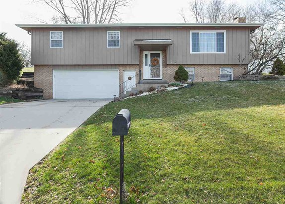 214 Pin Oak Drive, Geneseo, IL - USA (photo 1)