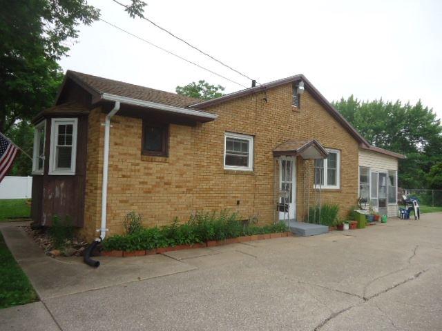 3455 19th Avenue, Moline, IL - USA (photo 3)