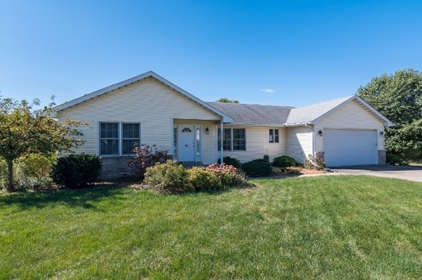 1335 W 52nd St Ct, Davenport, IA - USA (photo 1)