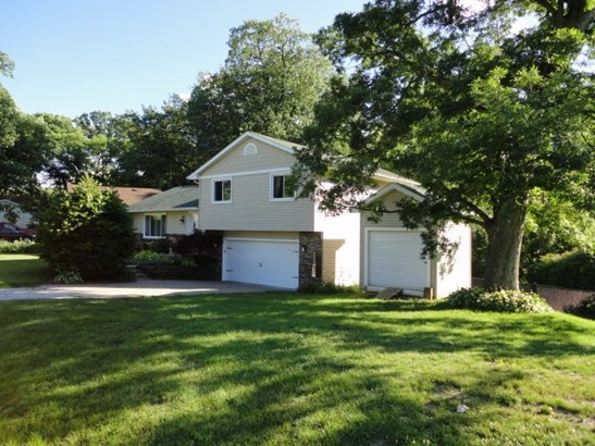 610 Forest Road, East Moline, IL - USA (photo 3)