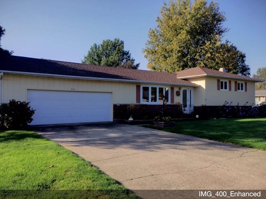 802 Meadowlawn Drive, Geneseo, IL - USA (photo 1)