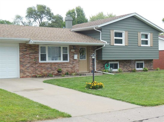 642 Westerfield Road, Davenport, IA - USA (photo 1)
