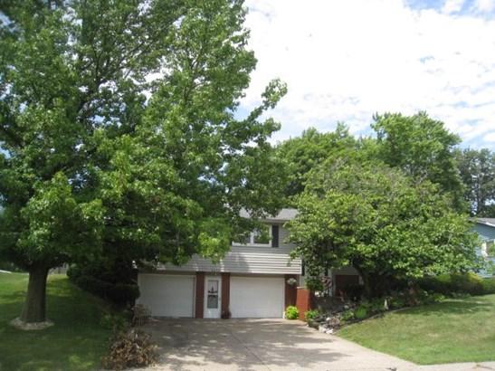 2695 9th St, East Moline, IL - USA (photo 1)