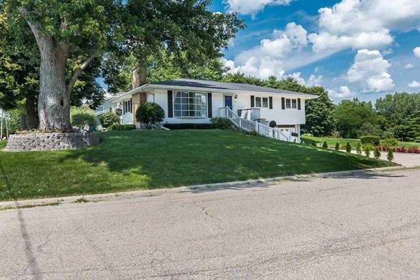 901 Glennwood Drive, Morrison, IL - USA (photo 3)