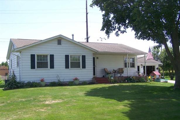 229 W Harrison Street, Blue Grass, IA - USA (photo 1)