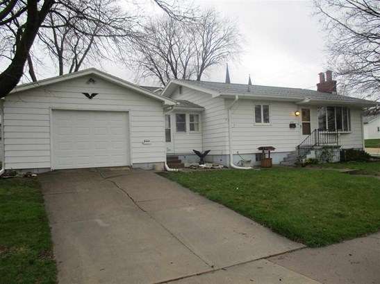 2734 Garfield Street, Clinton, IA - USA (photo 1)