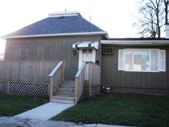801 N. Burr St., Kewanee, IL - USA (photo 2)