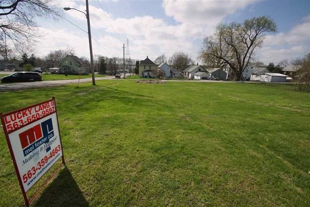 Lot 15 & 16 21st Street, East Moline, IL - USA (photo 1)