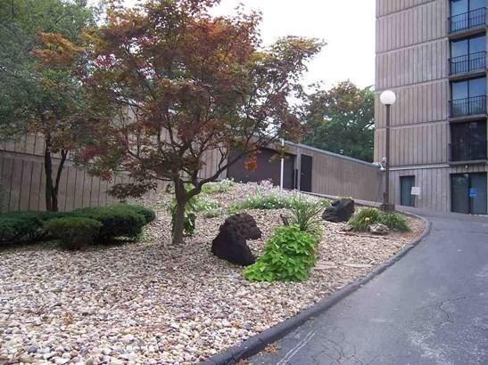 1800 7th Street Unit 8-f, East Moline, IL - USA (photo 4)