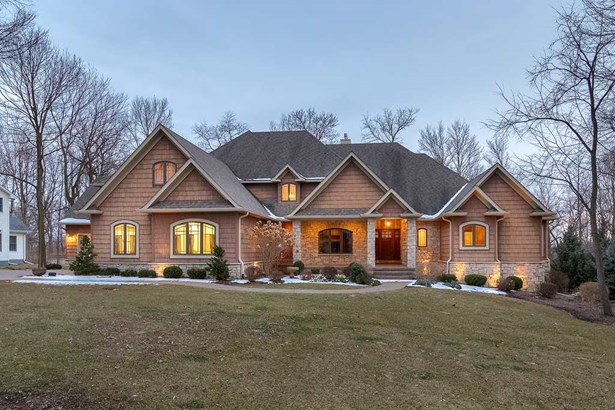 2399 Forest Reed Place, Le Claire, IA - USA (photo 1)