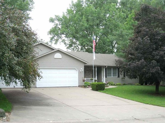 13 Deer Hollow Drive, Coal Valley, IL - USA (photo 1)