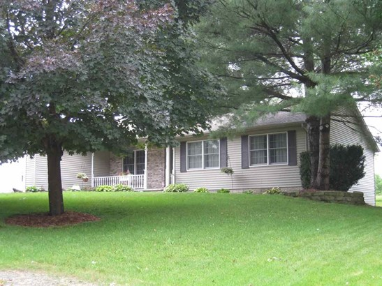 13 Deer Hollow Drive, Coal Valley, IL - USA (photo 2)