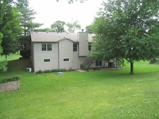 13 Deer Hollow Drive, Coal Valley, IL - USA (photo 3)
