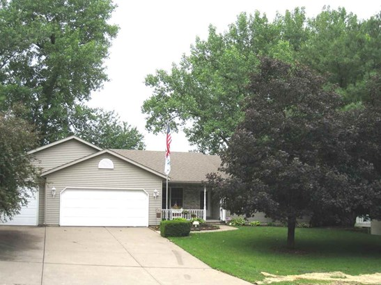 13 Deer Hollow Drive, Coal Valley, IL - USA (photo 4)