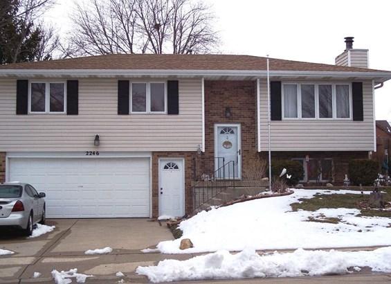 2246 E 33rd St, Davenport, IA - USA (photo 1)
