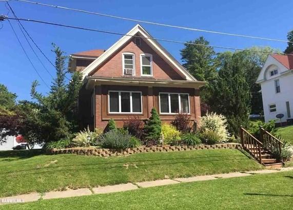 16 Van Street, Savanna, IL - USA (photo 1)