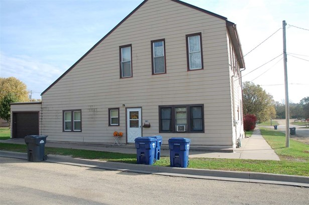 2801 Roosevelt Street, Clinton, IA - USA (photo 3)