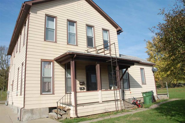2801 Roosevelt Street, Clinton, IA - USA (photo 4)