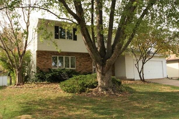 6404 N Howell Street, Davenport, IA - USA (photo 1)